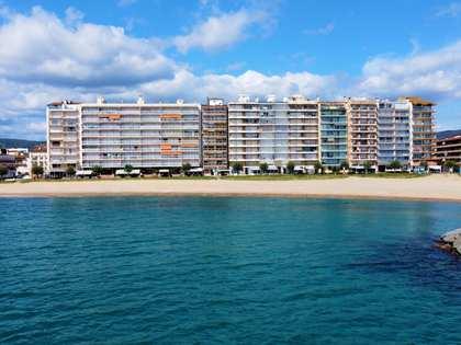 100m² takvåning med 10m² terrass till salu i Calonge