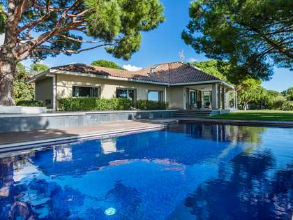 600m² House / Villa for sale in Arenys de Mar, Maresme
