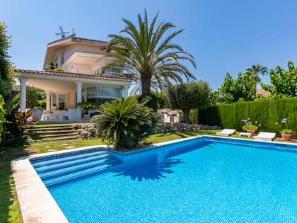 600m² House / Villa for sale in Alella, Maresme