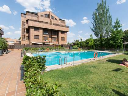 200m² Penthouse for rent in Aravaca, Madrid