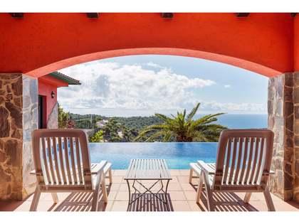 Huis / Villa van 399m² te koop in Lloret de Mar / Tossa de Mar