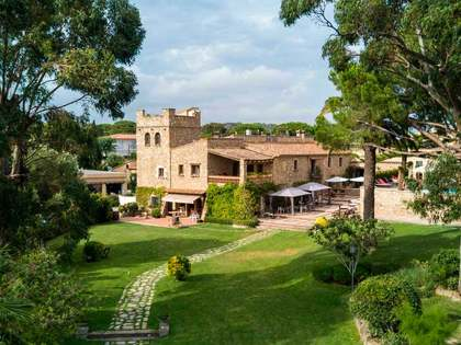 3,700m² Hotel for sale in Platja d'Aro, Costa Brava