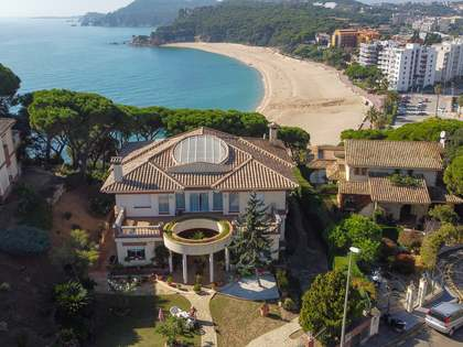 Casa / Vil·la de 1,100m² en venda a Lloret de Mar / Tossa de Mar