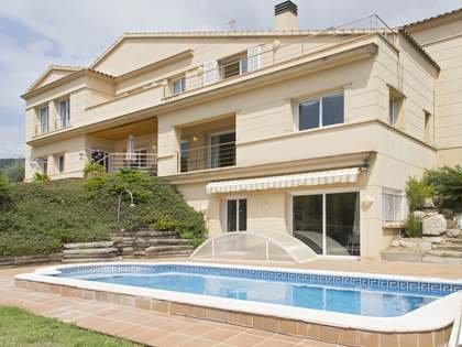 Large Maresme Coast house to rent in Premiá de Dalt