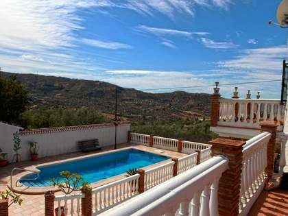 287m² Country house for sale in Axarquia, Málaga
