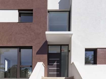 在 Els Cards, 巴塞罗那 375m² 出售 豪宅/别墅 包括 花园 160m²