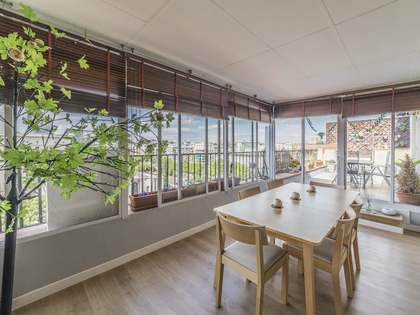 190 m² penthouse with 20 m² terrace for rent in Ríos Rosas