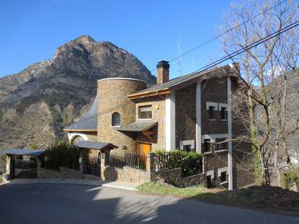 Luxury chalet for sale in St Julia de Loria, Andorra