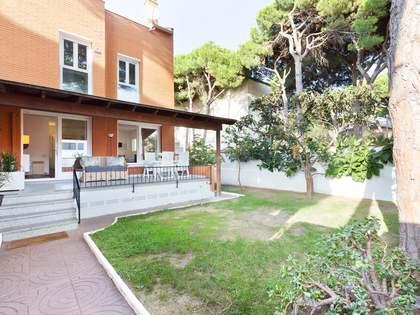 Дом / Вилла аренда в La Pineda, Барселона