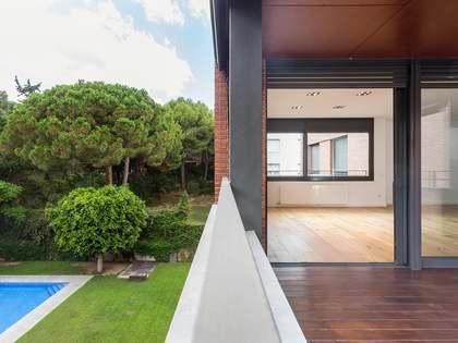 Appartement van 200m² te koop met 14m² terras in Pedralbes