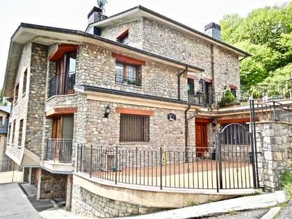 Casa de 400m² con 40m² de terraza en alquiler en La Massana