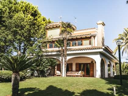 758m² Hus/Villa med 700m² Trädgård till salu i La Cañada