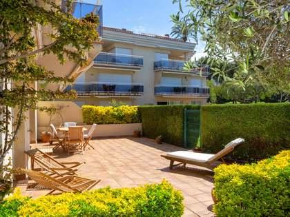 Piso de 127m² con 100m² de jardín en venta en S'Agaró Centro