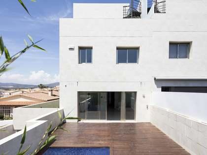 293m² Hus/Villa med 144m² terrass till salu i Els Cards