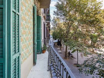 99m² Apartment with 8m² terrace for sale in Eixample Left