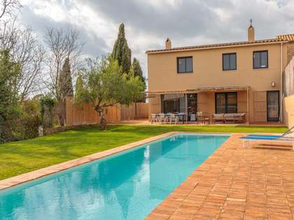 Masía de 238m² en venta en Baix Emporda, Girona