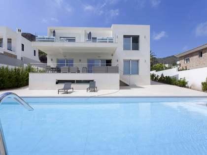284m² Haus / Villa zum Verkauf in Los Monasterios, Valencia