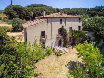 Casa / Vil·la de 800m² en venda a Alella, Maresme