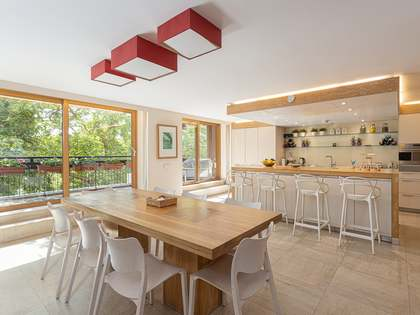 211m² apartment with 32m² terrace for sale in Tres Torres