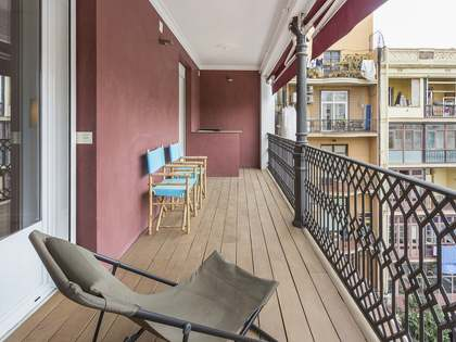 160 m² apartment with 20 m² terrace for sale, Eixample Right