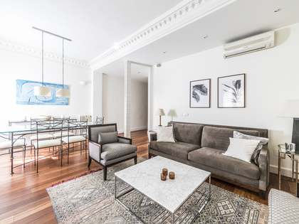 135m² Apartment for rent in Almagro, Madrid