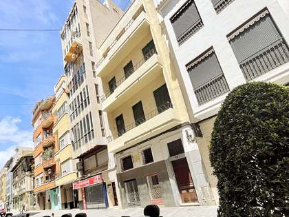 Квартира 555m², 22m² террасa на продажу в Alicante ciudad