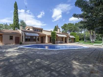 casa / villa di 476m² in vendita a La Cañada, Valencia