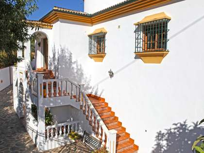 607m² Country house for sale in Málaga, Spain
