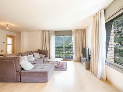 134m² Apartment with 6m² terrace for sale in Escaldes