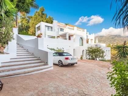 Maison / Villa de 386m² a vendre à Nueva Andalucía avec 1,720m² de jardin