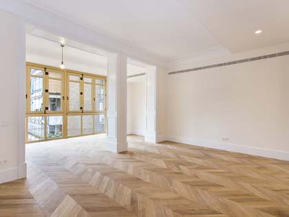 105m² apartment for sale in Eixample Right, Barcelona