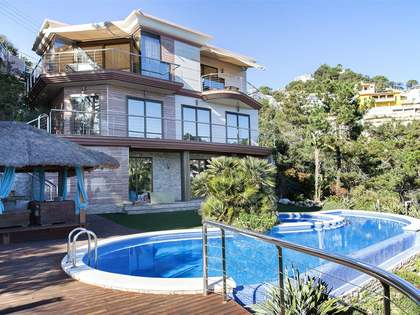 Villa con vista al mar en venta en Lloret de Mar, Costa Brava