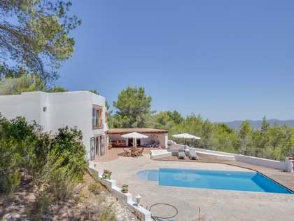 Huis / Villa van 333m² te koop in San José, Ibiza