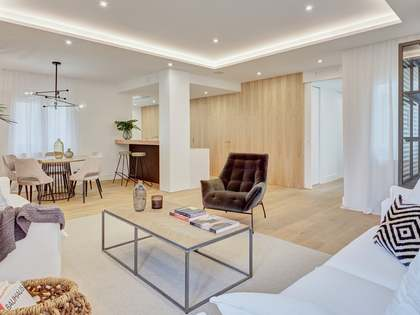 Appartement van 176m² te koop in Recoletos, Madrid
