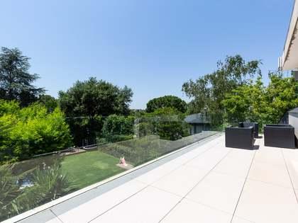 Дом / Вилла 577m² на продажу в Sant Cugat, Барселона