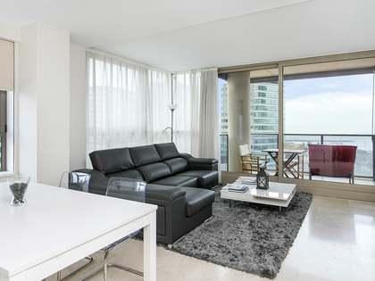 3-bedroom tenth floor apartment to buy in Illa de Llac