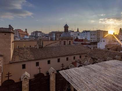 Ático de 423m² con 60m² de terraza en venta en Sant Francesc