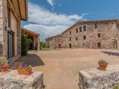 1,790m² Landhaus zum Verkauf in El Gironés, Girona