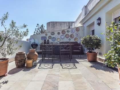Ático de 2 dormitorios con terraza en venta en Salamanca