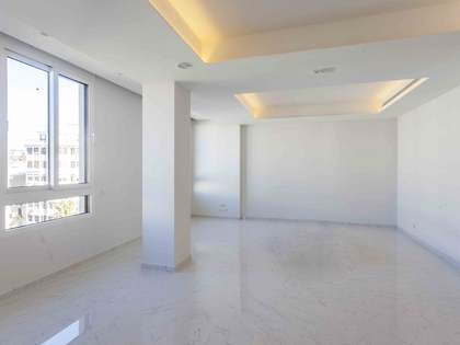 188m² Apartment for rent in Gran Vía, Valencia