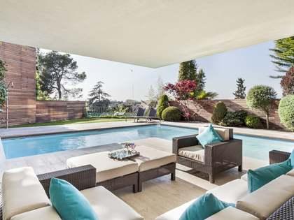 713m² Haus / Villa zum Verkauf in Sant Cugat, Barcelona