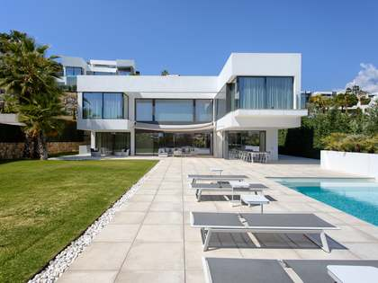 637m² House / Villa with 195m² terrace for sale in Benahavís
