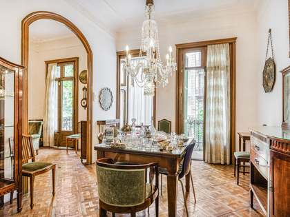 193m² Apartment with 121m² terrace for sale in Eixample Right