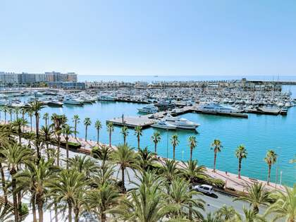 270m² Penthouse for sale in Alicante ciudad, Alicante