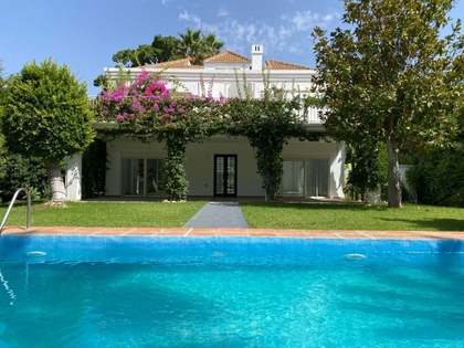 Casa / Vil·la de 300m² en venda a Nueva Andalucía