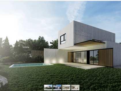 Casa de obra nueva con jardín en venta junto al mar en La Pineda