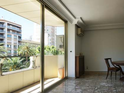 Apartment to renovate for sale in Gran Via Marqués, Turia