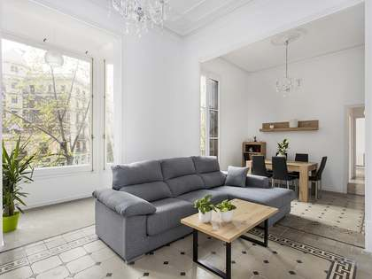 118m² Apartment for rent in Eixample Right, Barcelona