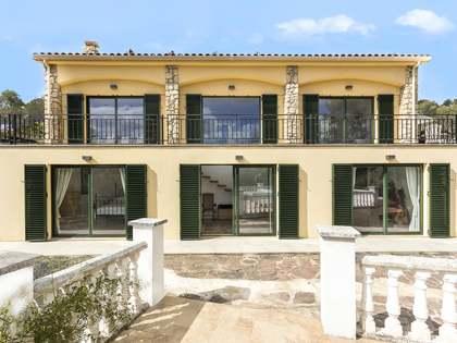498m² Haus / Villa zum Verkauf in Olivella, Barcelona