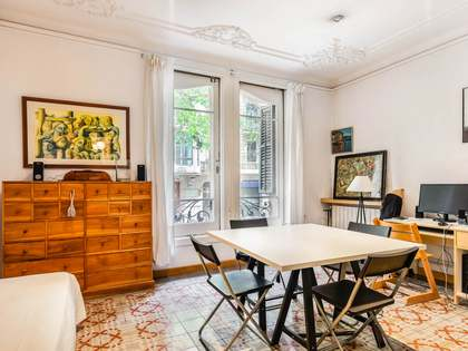 130 m² apartment for sale in Eixample Right, Barcelona